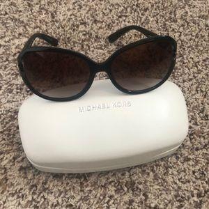 Michael Kors sunglasses 😎